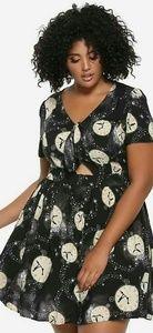 Hot Topic Dresses - PETER PAN FRONT TIE DRESS  (PLUS SIZE)